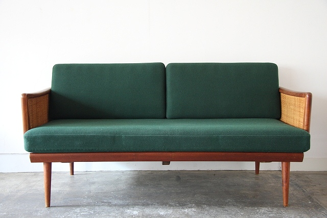 Favor Peter Hvidt amp Orla Molgaard  : furniture31037 from www.favor-web.com size 640 x 427 jpeg 98kB